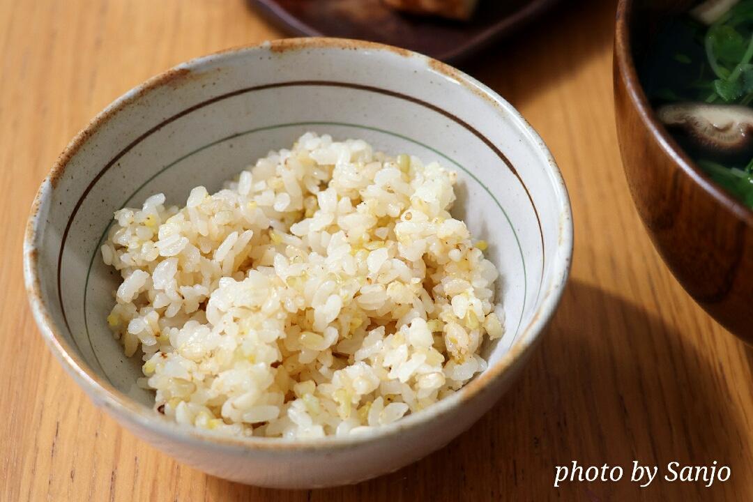 ●早摘み玄米と玄米の違い/三城円